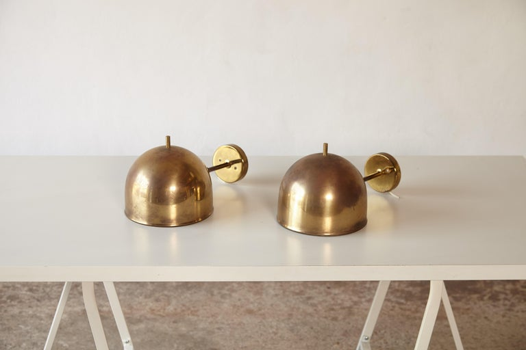 Patinated Pair of Brass Wall Lamps, Model G-075, Bergboms, Sweden, 1960s In Good Condition For Sale In London, GB