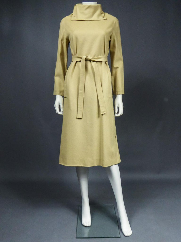 A Pierre Cardin Woollen Dress (attributed to) Circa 1980 In Good Condition For Sale In Toulon, FR