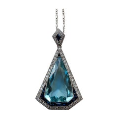 Platinum Art Deco Pendant with Aquamarine and Diamond