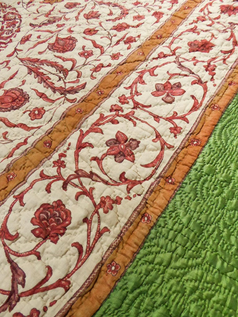 A Quilting Indian Chintz Palampore And Taffeta Bedcover Circa 1720/1750  For Sale 6
