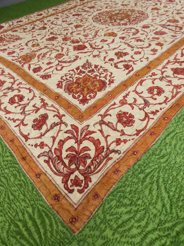 A Quilting Indian Chintz Palampore And Taffeta Bedcover Circa 1720/1750  For Sale 8