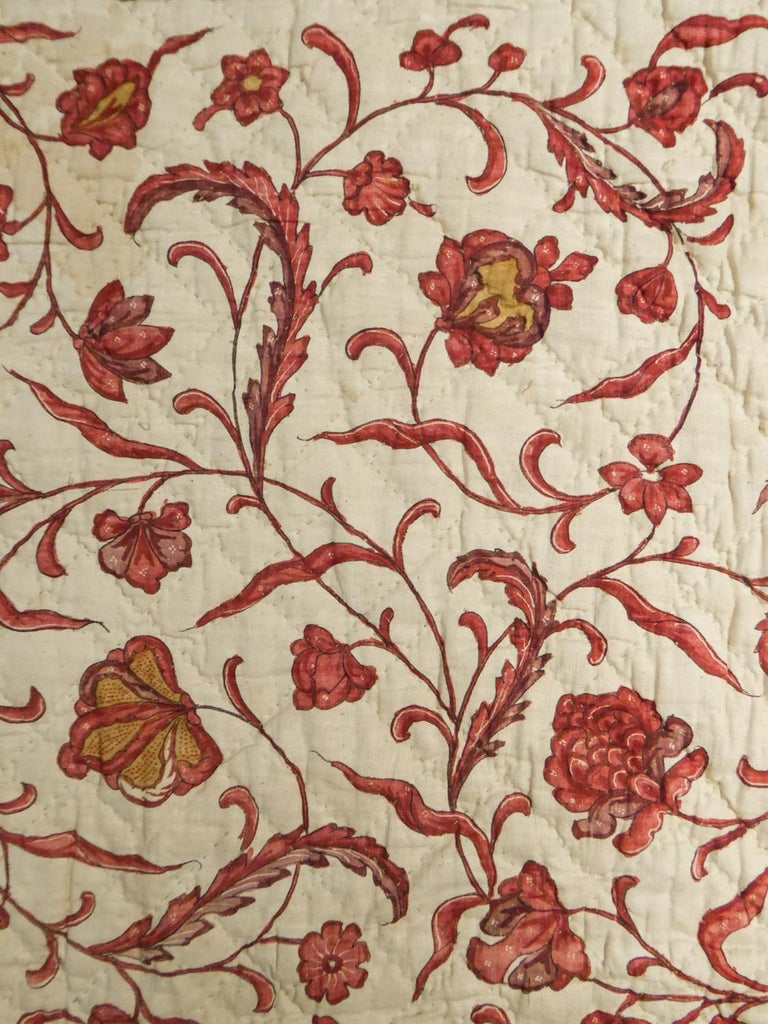 A Quilting Indian Chintz Palampore And Taffeta Bedcover Circa 1720/1750  For Sale 9
