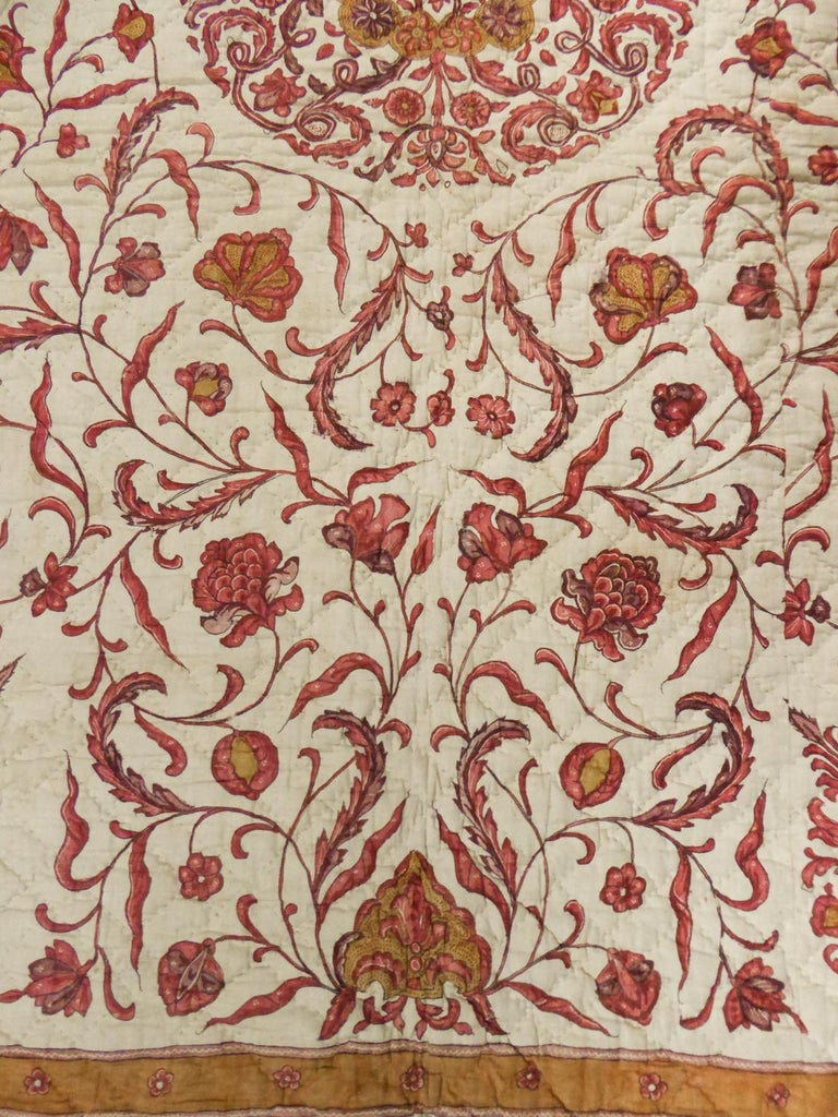 A Quilting Indian Chintz Palampore And Taffeta Bedcover Circa 1720/1750  For Sale 3