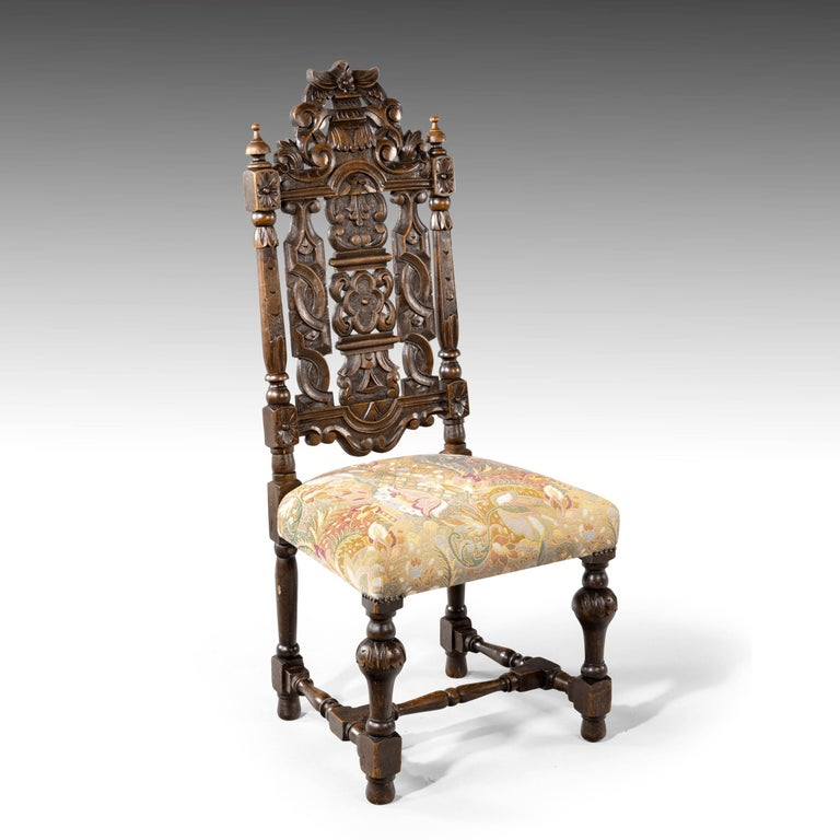 Quite Exceptional Set of 6 '4+2' 17th Century Style Oak Chairs In Good Condition For Sale In Peterborough, Northamptonshire