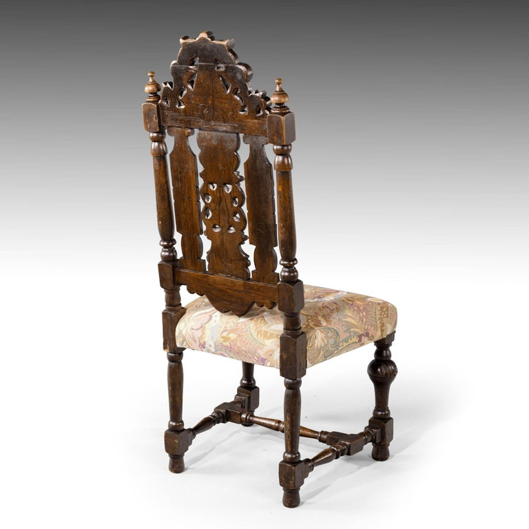 Quite Exceptional Set of 6 '4+2' 17th Century Style Oak Chairs For Sale 3