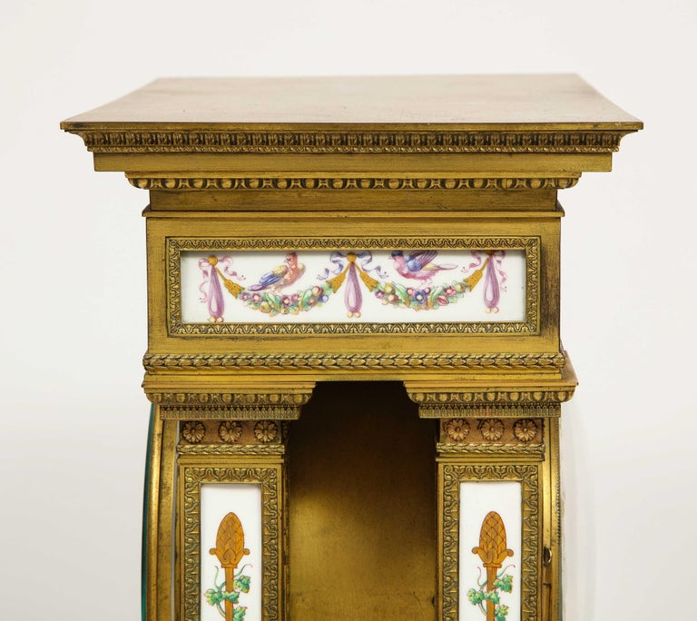 A Rare and Exquisite French Ormolu and Porcelain Clock, attributed to Deniere  For Sale 10