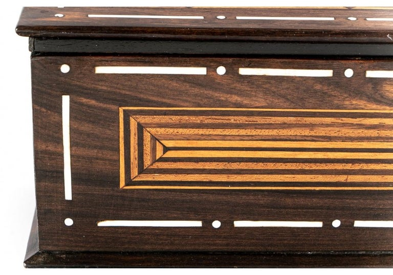 20th Century A Rare And Very Fine Exotic Wood Box With Bone Inlay For Sale