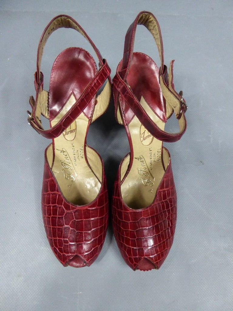 A Rare François Pinet Pair of Shoes in Leather Circa 1935  For Sale 1
