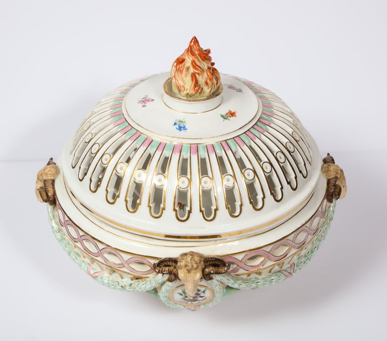 Late 19th Century Rare Neoclassical Meissen Porcelain Reticulated Centerpiece with Rams Heads For Sale