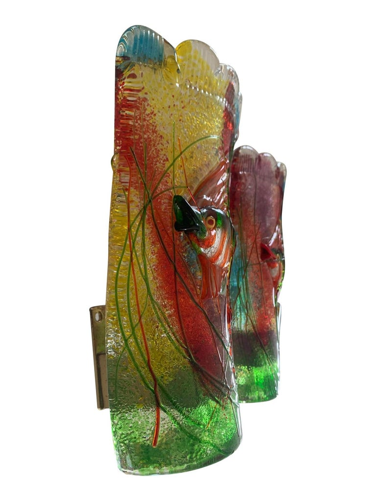 Rare Pair of 1950s Murano Glass Aquarium Fish Wall Sconces by Alfredo Barbini For Sale 5