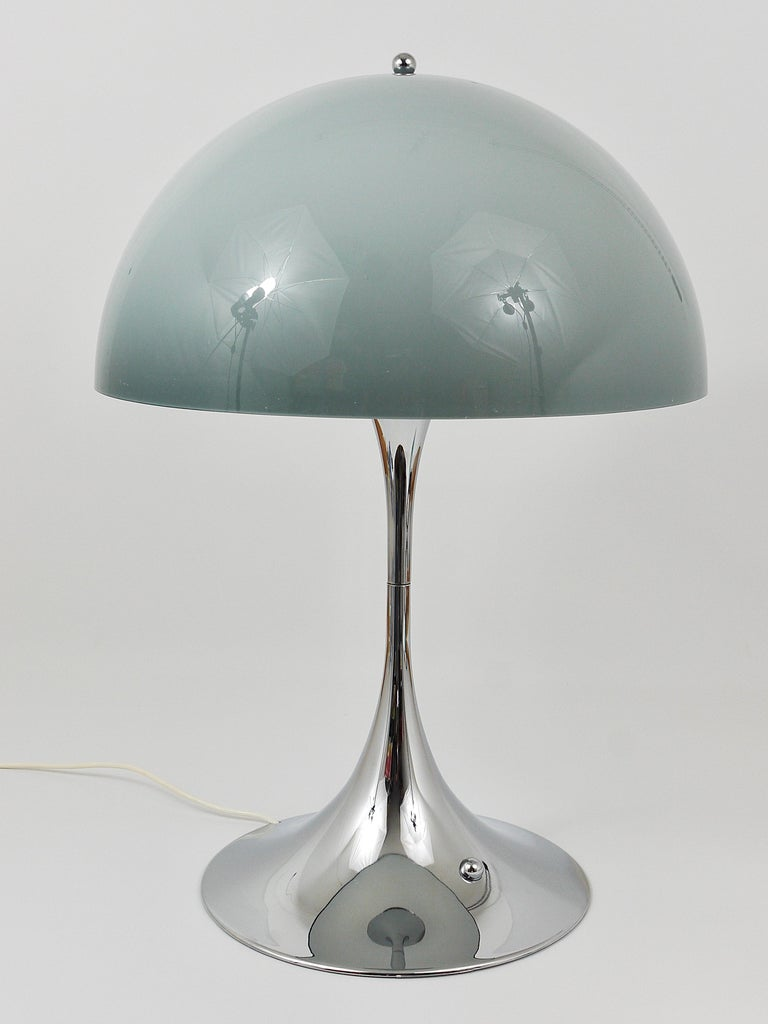 Mid-Century Modern Rare Verner Panton Chrome Base and Grey Shade Panthella Table Lamp For Sale