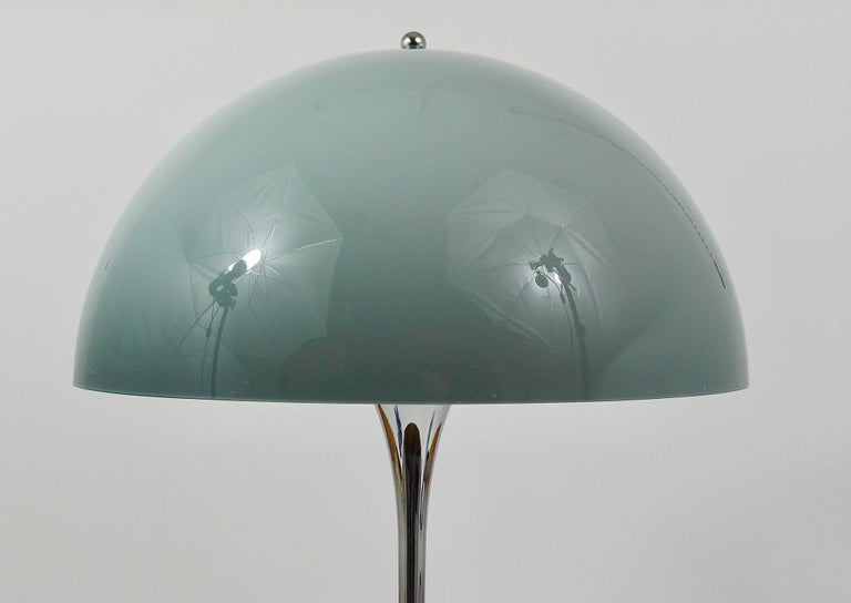 20th Century Rare Verner Panton Chrome Base and Grey Shade Panthella Table Lamp For Sale