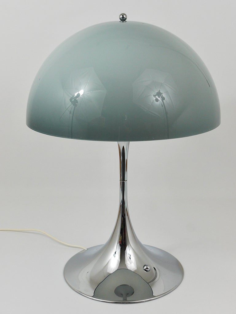 Rare Verner Panton Chrome Base and Grey Shade Panthella Table Lamp For Sale 1