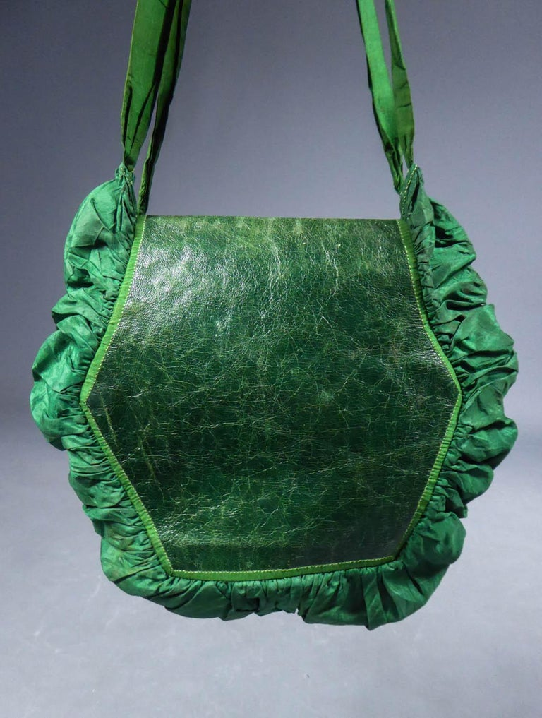 A Regency French Reticule Purse, leather and Chintz Early 19th century For Sale 7
