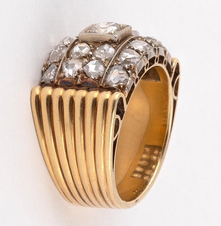 Retro Diamond Ring, circa 1940 In Excellent Condition For Sale In Firenze, IT