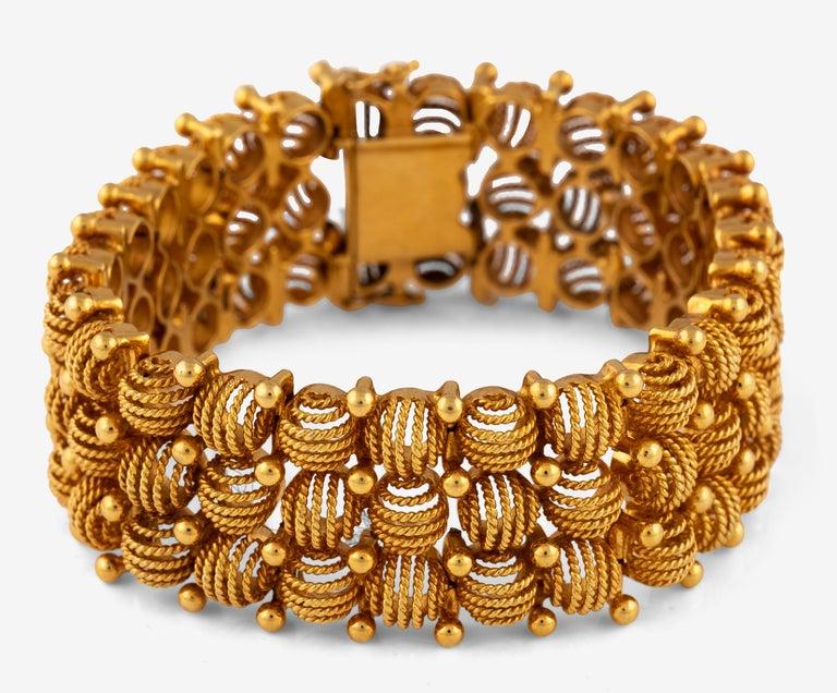 Women's or Men's Retro Rose Gold Bracelet, Circa 1940 For Sale