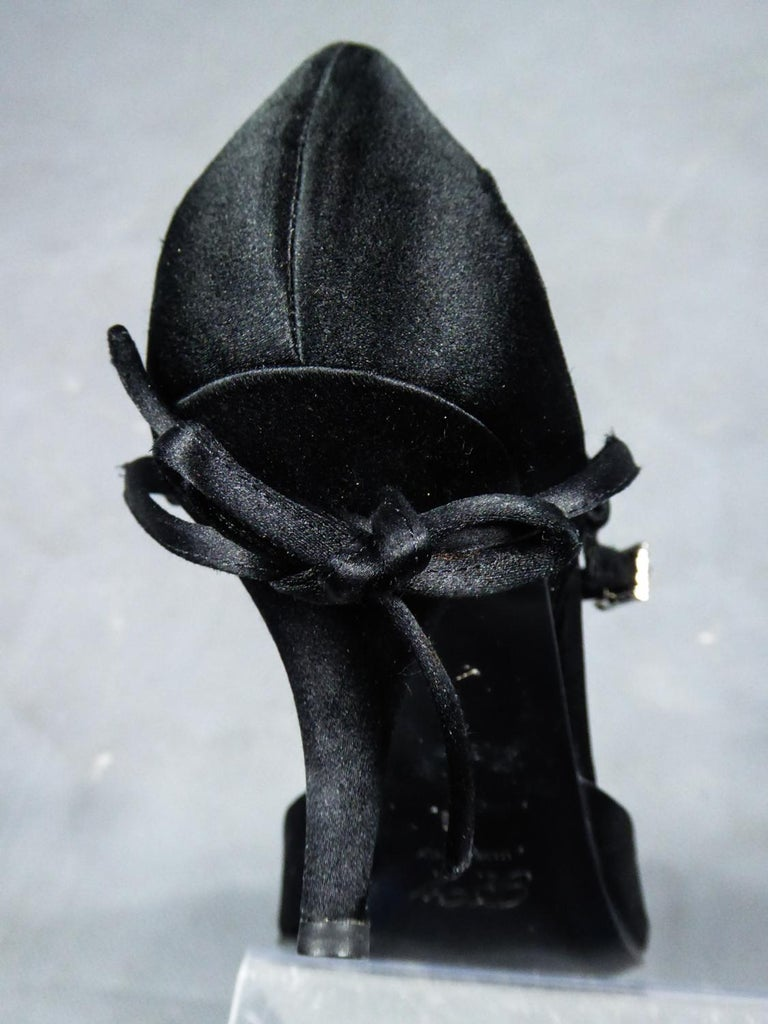 A Roger Vivier Pair of Evening Heels Shoes Circa 2000 For Sale 6