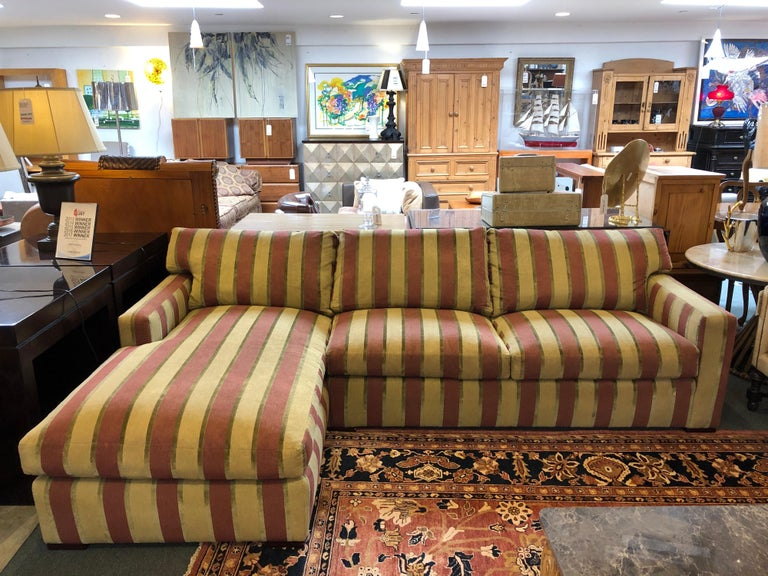 Design Plus Gallery presents sectional No.2634 from A.Rudin company. Crafted in the US of the finest materials using skilled workmanship, this sectional and ottoman has meticulous detailing and luxurious comfort. The softened line highlights the