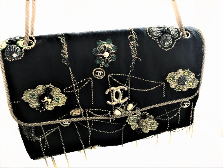 A RUNWAY PROTOTYPE of a CHANEL Jumbo denim bag  2007-2008A   For Sale 7