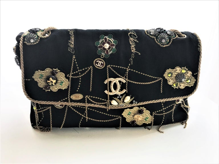 Women's or Men's A RUNWAY PROTOTYPE of a CHANEL Jumbo denim bag  2007-2008A   For Sale