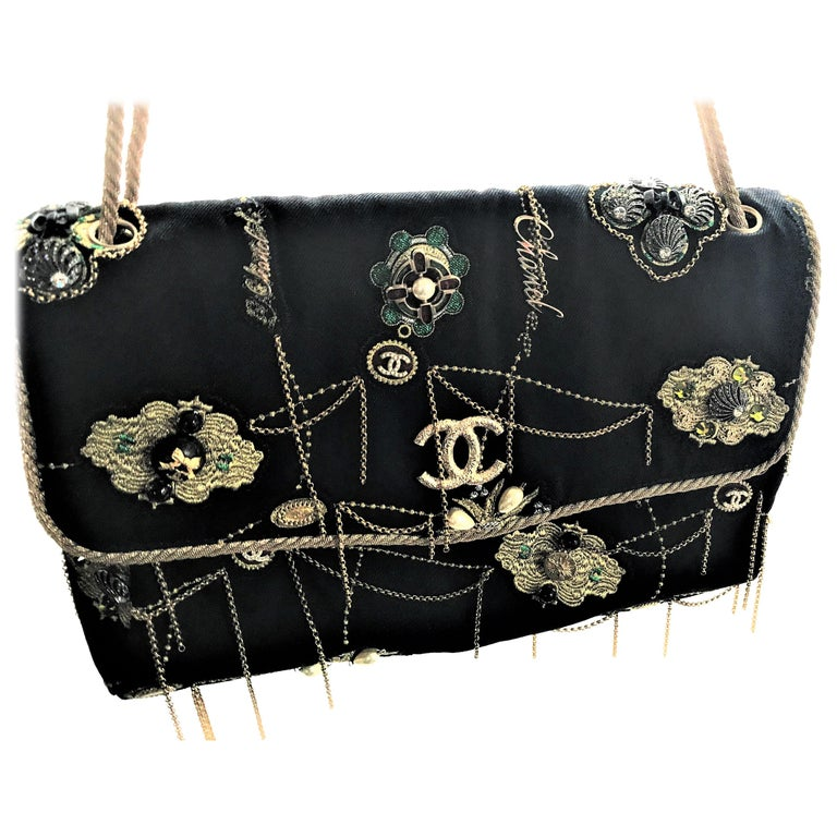 A RUNWAY PROTOTYPE of a CHANEL Jumbo denim bag  2007-2008A   For Sale