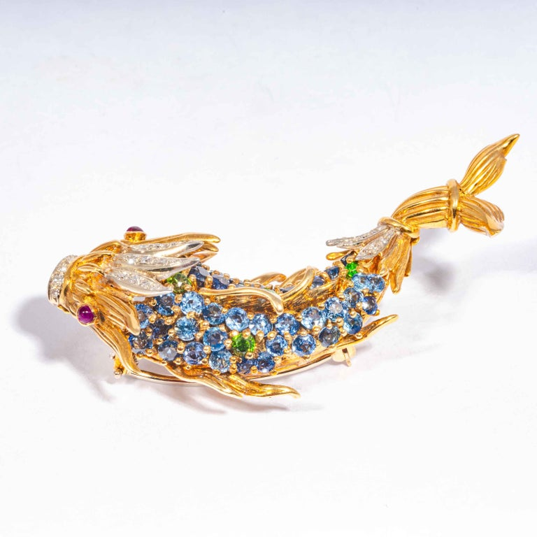 Sapphire and Diamond Fish Clip Brooch by Jean Schlumberger, Tiffany & Co. In Good Condition For Sale In Boston, MA