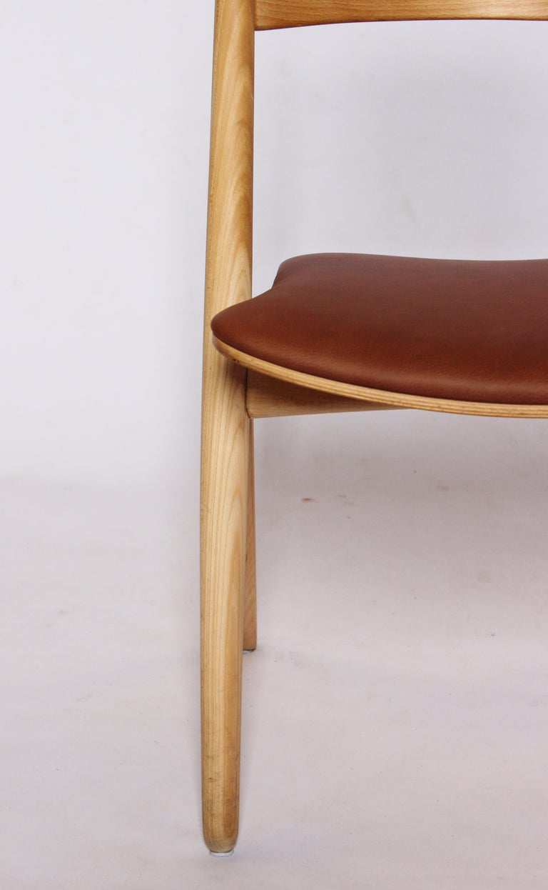 Mid-20th Century Sawbuck Chair, Model CH29, in Beech by Hans J. Wegner, 1970s For Sale