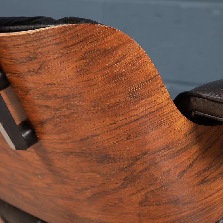 Second Series Eames Lounge Chair & Ottoman, Herman Miller, Circa 1970 For Sale 8