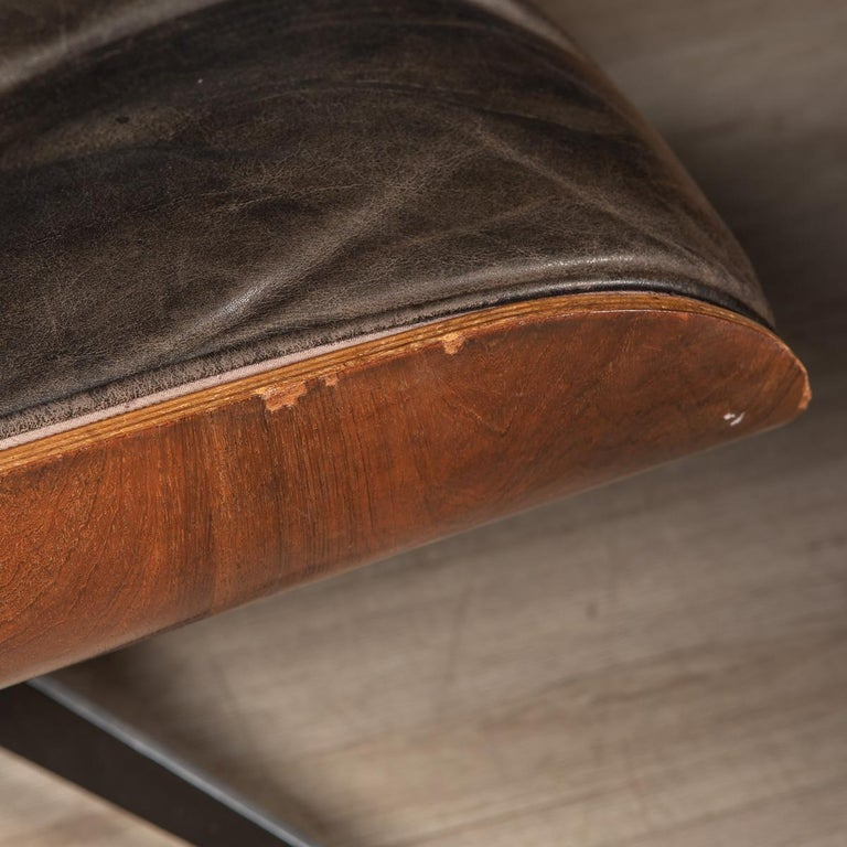Second Series Eames Lounge Chair & Ottoman, Herman Miller, Circa 1970 For Sale 10