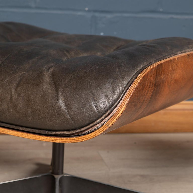 Second Series Eames Lounge Chair & Ottoman, Herman Miller, Circa 1970 For Sale 11