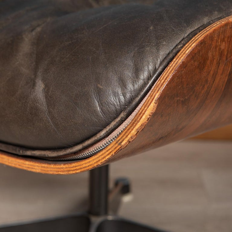 Second Series Eames Lounge Chair & Ottoman, Herman Miller, Circa 1970 For Sale 12