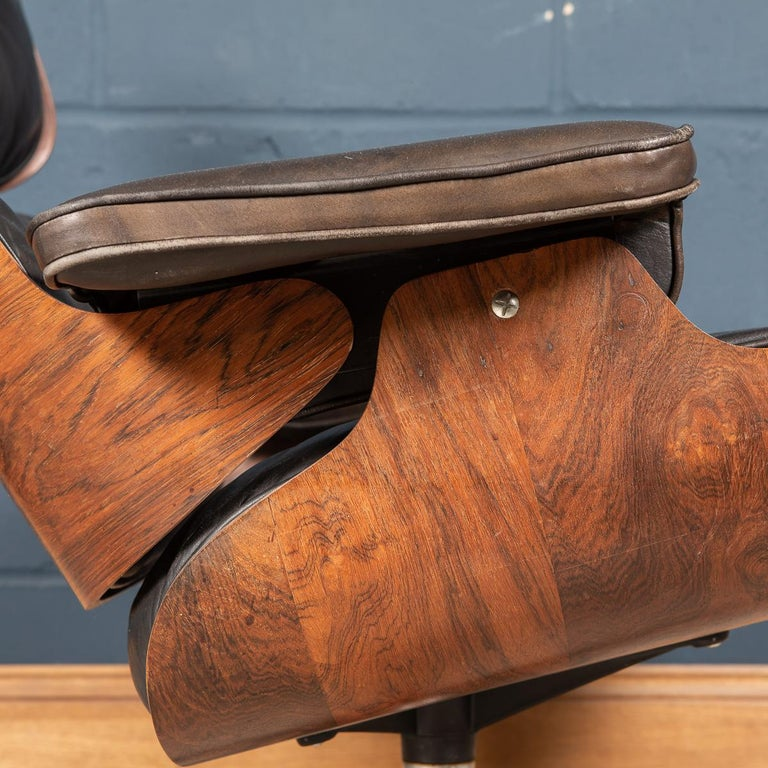 Second Series Eames Lounge Chair & Ottoman, Herman Miller, Circa 1970 For Sale 1