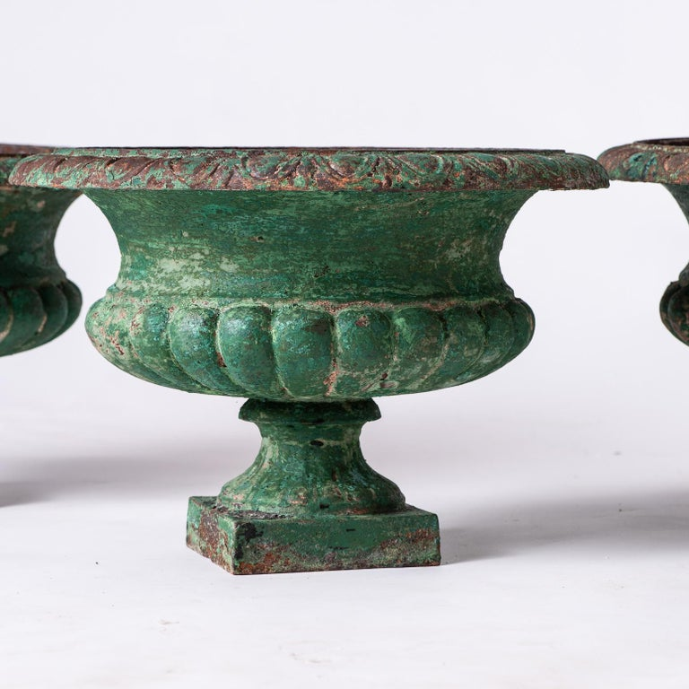 Set Four French Cast Iron Garden Urns, circa 1900 For Sale 1