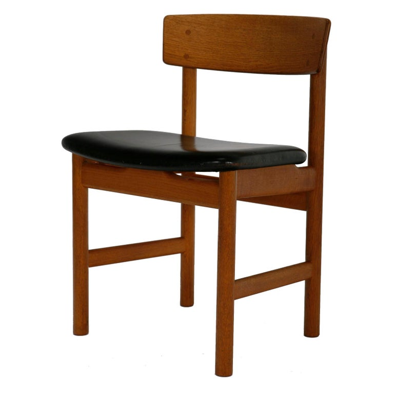 Scandinavian Modern Set of 10 Danish Dining Chairs in by Børge Mogensen for Fredericia Stolefabrik For Sale