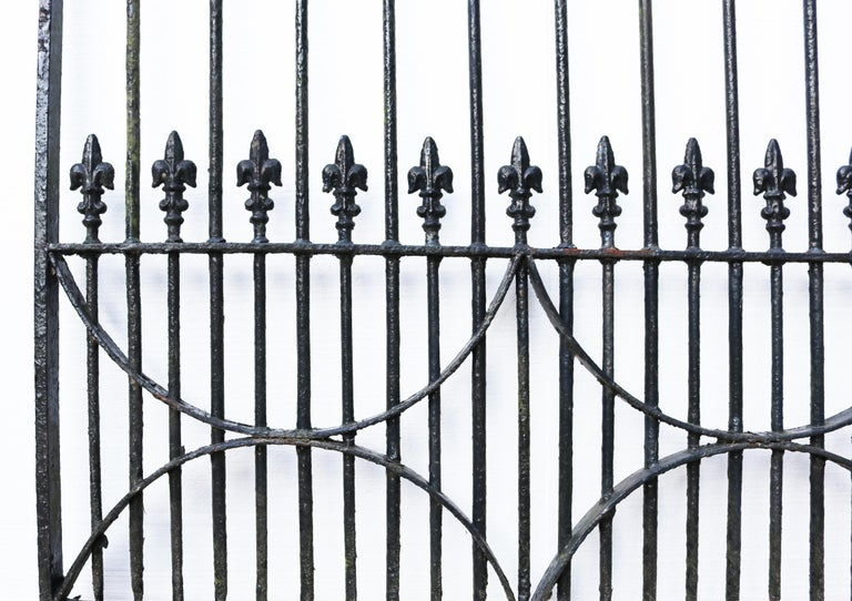Set of Antique Wrought Iron Driveway Gates 'Two Sets Available' In Fair Condition For Sale In Wormelow, Herefordshire