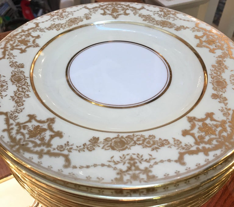 Set of 10 Luncheon Dessert Plates by George Jones, England In Good Condition For Sale In Lambertville, NJ