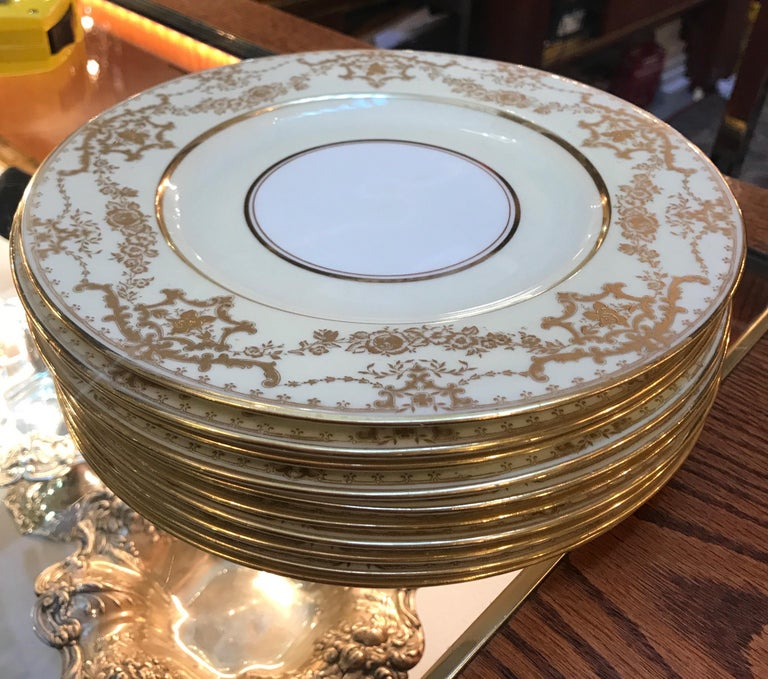 Early 20th Century Set of 10 Luncheon Dessert Plates by George Jones, England For Sale