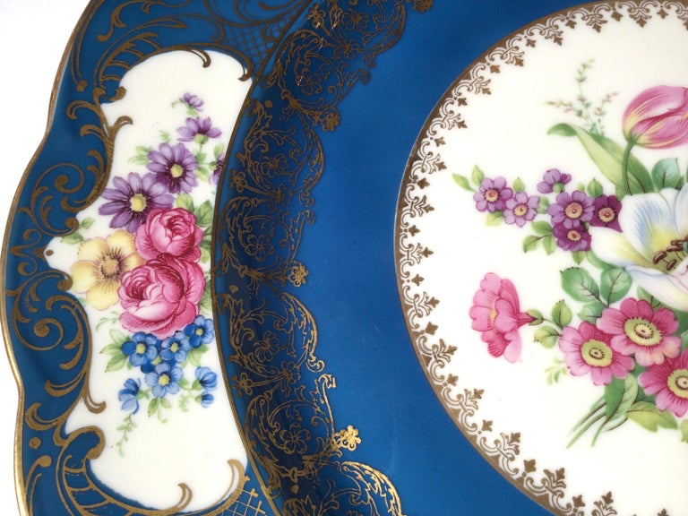 Set of 12 Elaborate Service Dinner Plates For Sale 1