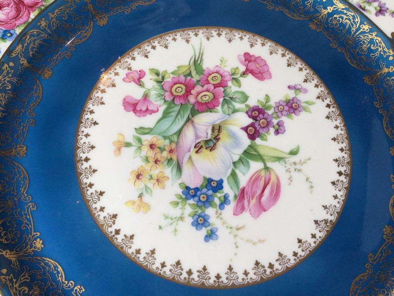 Set of 12 Elaborate Service Dinner Plates For Sale 3
