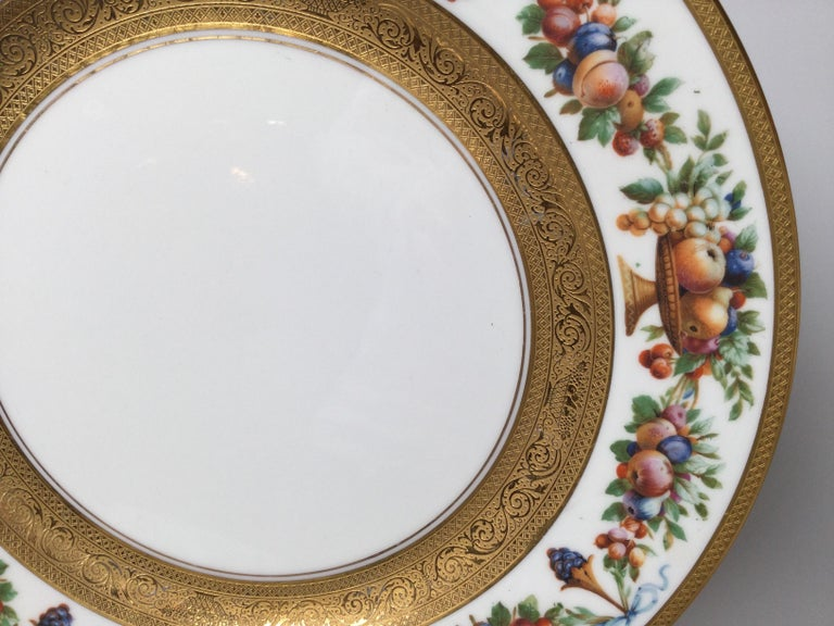 Set of 12 Gilt Banded Service Dinner Plates with Fruit Borders In Excellent Condition For Sale In Lambertville, NJ