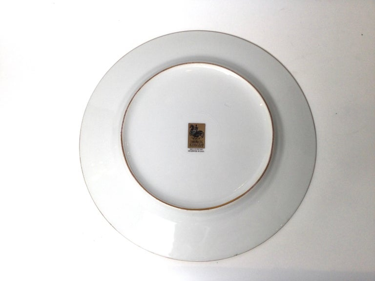 Set of 12 Gilt Banded Service Dinner Plates with Fruit Borders For Sale 2