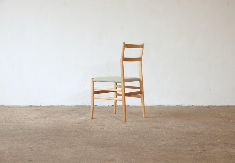 20th Century Set of 12 Gio Ponti Leggera Model 646 Dining Chairs for Cassina, Italy, 1950s For Sale