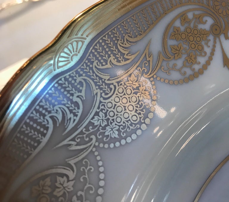 A Set of 12 Gold Encrusted Service Dinner Plates For Sale 1