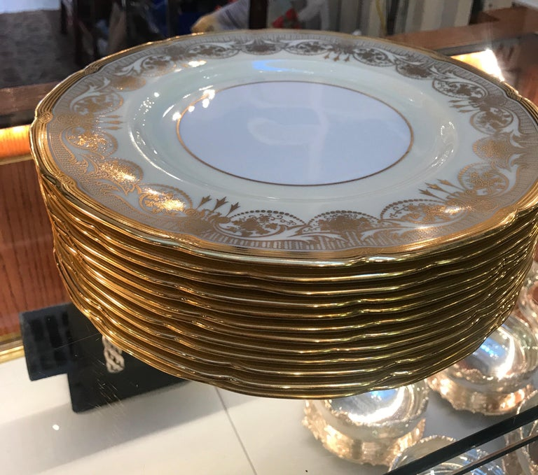 A Set of 12 Gold Encrusted Service Dinner Plates For Sale 2