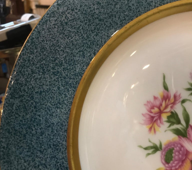 Mid-20th Century Set of 12 Theodore Haviland Service Dinner Plates For Sale