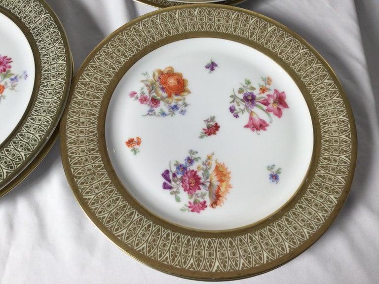 Set of 12 Tirschenreuth Porcelain Service Plates For Sale 1