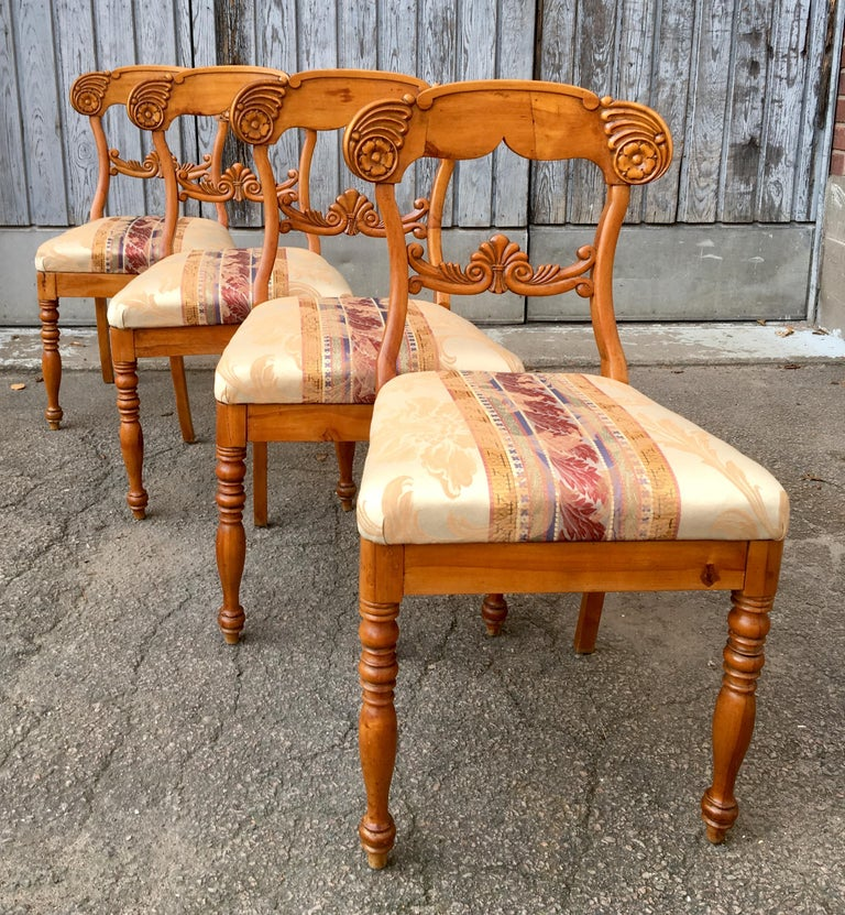 Set of 4 19th Century Biedermeier Dining Room Chairs, Sweden For Sale 11
