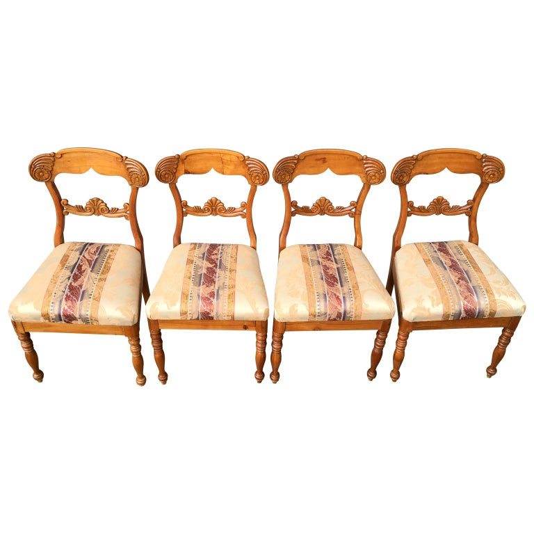 Hand-Crafted Set of 4 19th Century Biedermeier Dining Room Chairs, Sweden For Sale