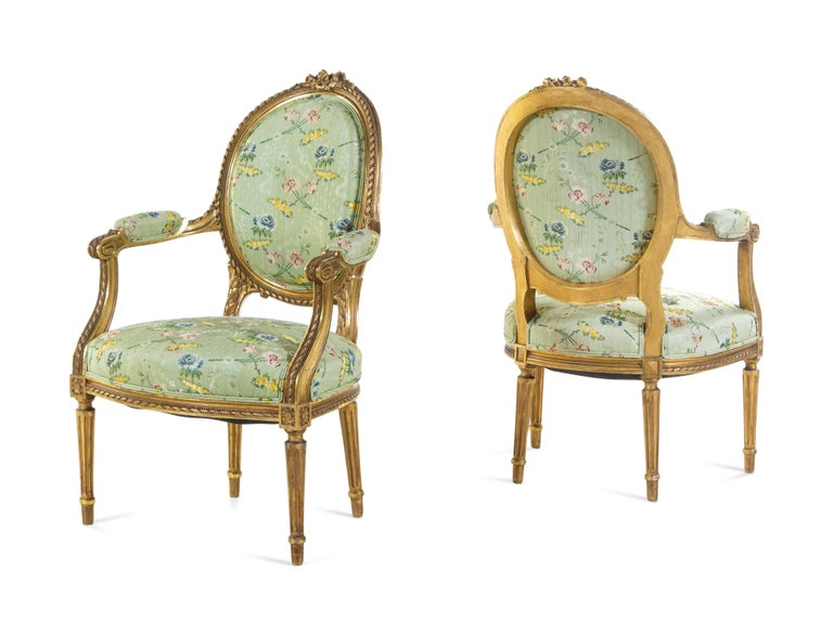 Set of 4 Early 19th Century French Louis XVI Giltwood Oval Back Armchairs For Sale 1