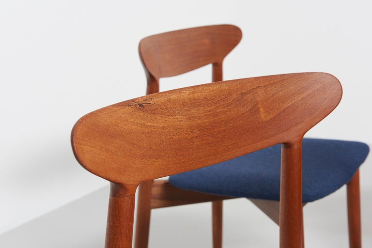 Set of 6 Dinning Chairs by Harry Østergaard For Sale 4